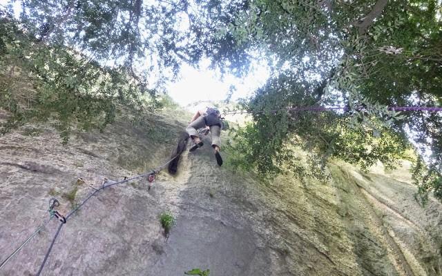 grimpe en fissure dans le verdon