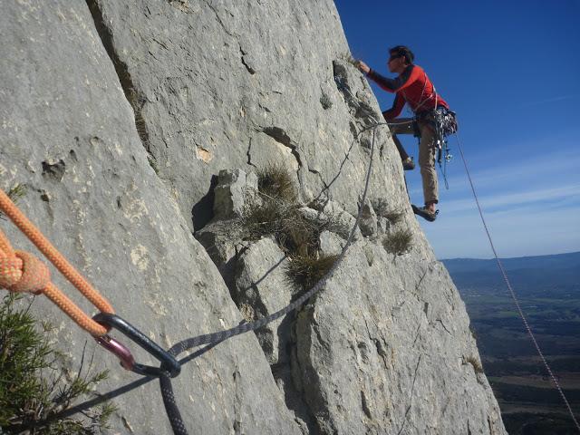 Terrain d'aventure à la Sainte Victoire: la voie des fabres
