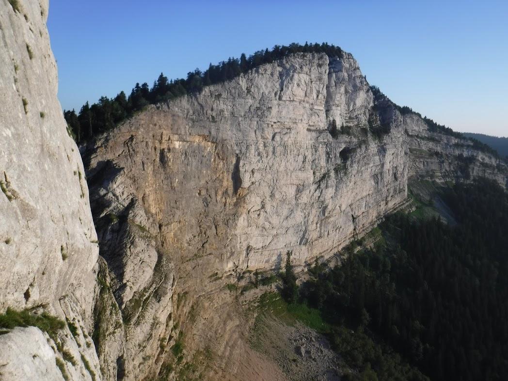 Escalade dans le Vercors-  La voie des Autranais à la Buffe