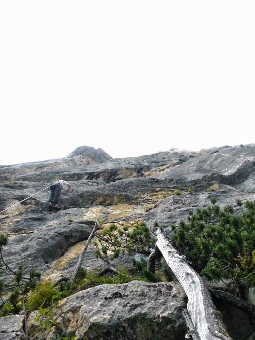 escalade en terrain d'aventure autour de grenoble