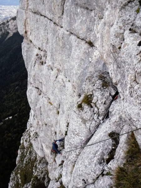 topo guide escalade voie des Fantômes la Sûre