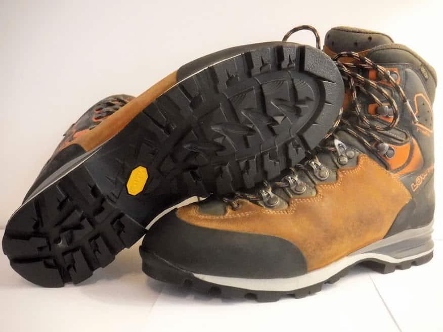 Réparation et ressemelage des chaussures de randonnée, de montagne et d'alpinisme à Marseille